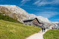 Das Carl-von-Stahl-Haus an der Grenze zu Österreich, NP Berchtesgarden, Deutschland