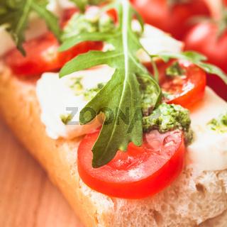 Sandwich with mozzarella