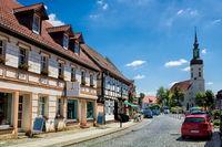 lübbenau, deutschland - 23.05.2019 - altstadt mit nikolaikirche