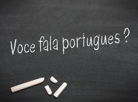 Sprechen Sie portugiesisch ? auf einer Tafel