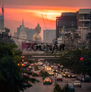 Big buddha Wat Paknam Phasicharoen Can be seen from the center of Bangkok