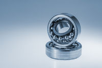 Spherical roller bearings on white gradient