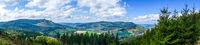 Panorama mit Bruchhauser Steine im Sauerland im Hintergrund