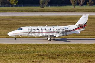 NetJets Europe Cessna 560XL Citation XLS Flugzeug Flughafen München in Deutschland