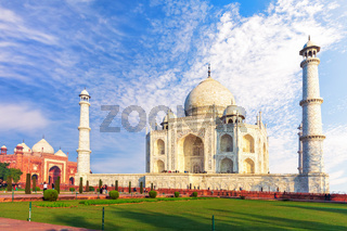 Taj Mahal Tomb and the western mosque, sunny day view, Agra, India