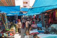 Der bunte, traditionelle Wochenmarkt in der Kleinstadt Pangururan auf der Insel Samosir