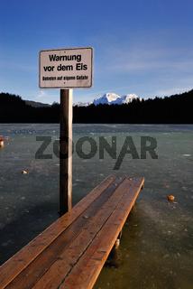 Warnung vor dem Eis