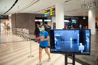 Singapur, Republik Singapur, Automatische Temperaturmessung von Personen am Flughafen Changi