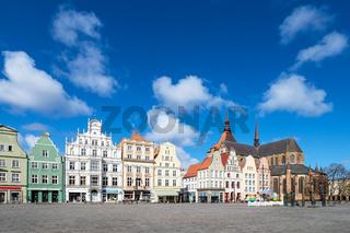 Blick über den Neuen Markt in der Hansestadt Rostock