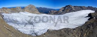 Plateaugletscher Plaine Morte vor den Gipfeln Gletscherhore