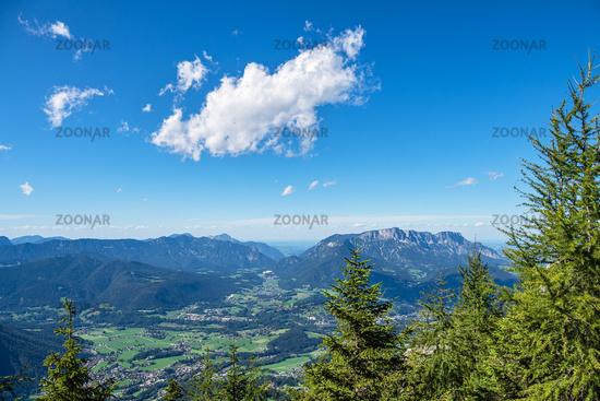 Blick vom Berg Jenner auf die Landschaft im Berchtesgadener Land