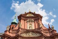 Neumünster in Würzburg – prunkvolle katholische Barockpfarrkirche