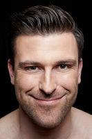 Portrait eines lächelnden Mannes