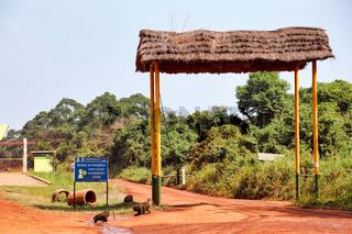 Kichumbanybo Eingangstor im Murchison Falls Nationalpark Uganda | Kichumbanybo gate at Murchison Falls National Park Uganda