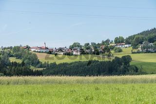 Schloss Götzendorf in einer kleinen Landgemeinde - Austria