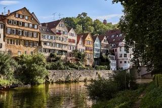 Stadtansicht von Tübingen am Necker