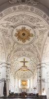 Vierung und Mittelschiff im Würzburger Dom – St. Kiliansdom zu Würzburg