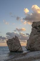 Sonnenuntergang am Petra tou Romiou, Zypern