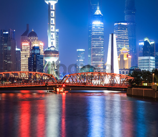 beautiful shanghai garden bridge at night