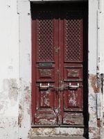 Alte, verschlossene Tür
