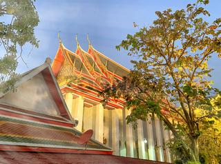 The 4 Kings' Phra Maha Chedi at sunset, Bangkok