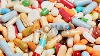 Gesundheit Konzept mit bunten Medikamenten