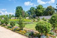 Konventgarten (Apothekergarten) im Kloster Seligenstadt im Kreis Offenbach in Hessen