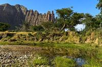 Landschaft am Fuss der Gheralta Berge