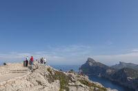 Punta de la Nao mit ihrer Aussichtsterrasse Mirador Es Colomer