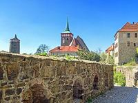 Altstadt von Bautzen mit alter Wasserkunst und Michaeliskirche, Sachsen, Deutschland