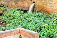 Quelle Ain Asserdoun im Stadtpark von Beni Mellal Marokko