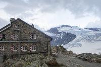 tierberglihut in den Schweizer Alpen