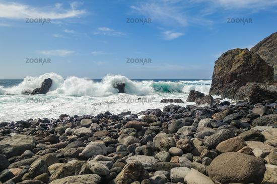 Der wunderschöne Strand  Playa del Trigo bei Alojera auf der Insel La Gomera