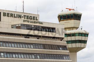 Flughafen Berlin Tegel TXL Airport Terminal in Deutschland
