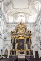 Querschiff im Würzburger Dom – St. Kiliansdom zu Würzburg