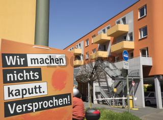 Piratenparteiplakat 'Wir machen nichts kaputt'