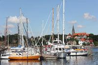 Yachthafen von Eckernförde und Borbyer Kirche