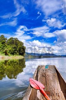 Paddeln auf dem Kratersee Lake Bunyonyi, Uganda | Paddling at Lake Bunyonyi, Uganda