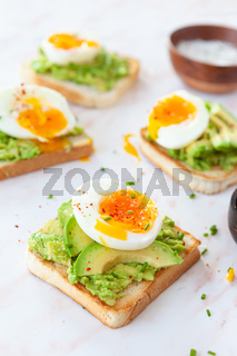Leckerer Avocado Toast
