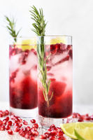 cocktail Pomegranate with lime