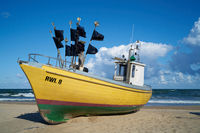Fischerboot an der polnischen Ostseeküste