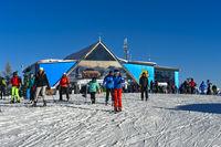 Skifahrer auf dem Piz La Ila