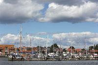 Segelboote im Yachthafen von Maasholm an der Schlei