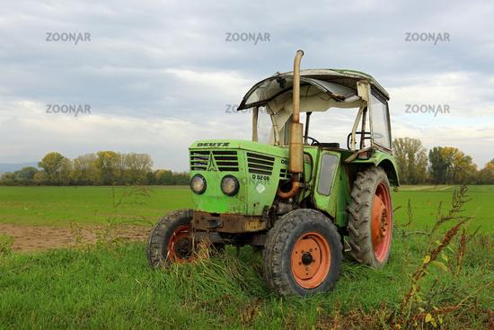 alter Deutz Traktor