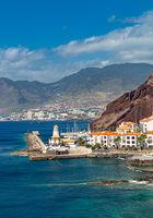 Blick von Ponta de Sao Lourenco auf Canical, Madeira