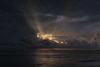 Dunkelblauer Ozean
