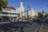 Kurfuerstendamm, Cafe Kranzler, Zoofenster, Berlin