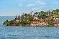 Hotels und Traveller Unterkünfte am Ufer des Toba See auf Sumatra