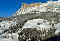 Winterlandschaft mit Heiligkreuzkofel, Sasso di Santa Croce, Alta Badia, Dolomiten, Südtirol,Italien
