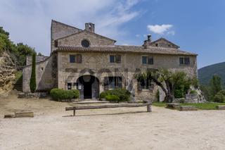 Abbaye de Saint Hilaire, Menerbes